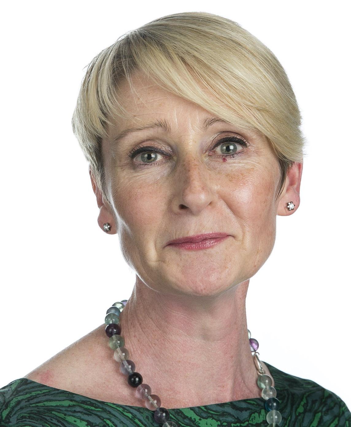 Dr Fiona Chambers